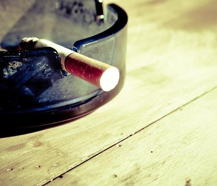 Cleaning Deodorizing Cigarette Smoke from Lounges
